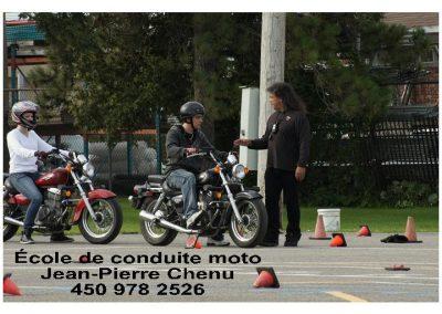 Cours de conduite de moto à Laval - École de Conduite Moto Jean-Pierre Chenu à Laval
