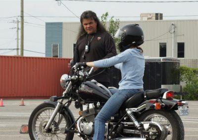 Cours de condutie de moto à Laval - École de Conduite Moto Jean-Pierre Chenu à Laval