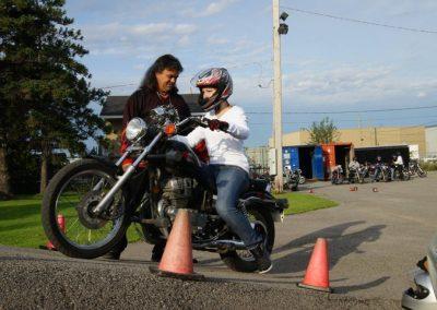 Instructeur de conduite de moto à Montréal, Laval et la Rive-Nord - École de Conduite Moto Jean-Pierre Chenu à Laval