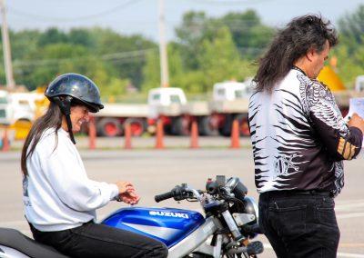 Instructeurs de cours de conduite à Laval - École de Conduite Moto Jean-Pierre Chenu à Laval